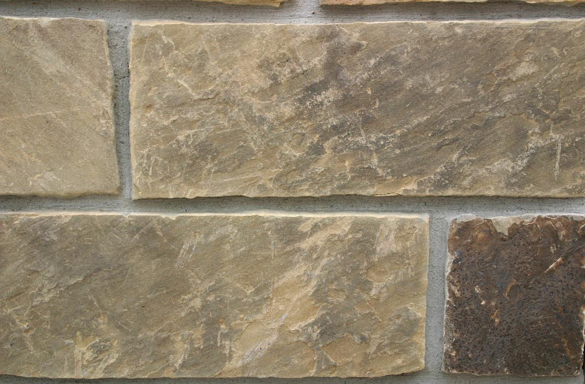 how to cut thin veneer stone